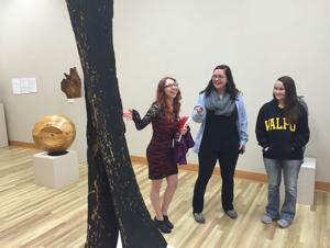VU's economic students find coin of realm art