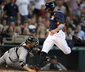Astros win 4th straight over White Sox