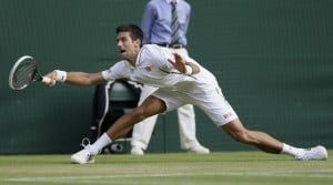Djokovic, Murray head Wimbledon cast for quarters