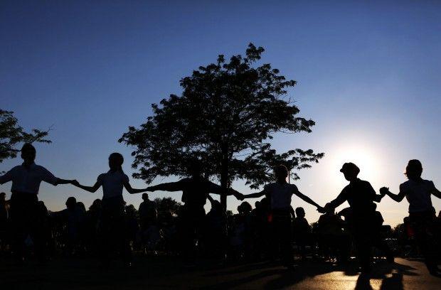 hellenic dance.jpg