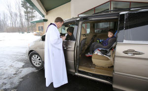 Valparaiso church offers drive-thru convenience on Ash Wednesday