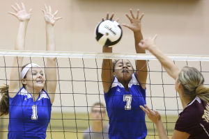 Lake Central volleyball takes over late against Chesterton
