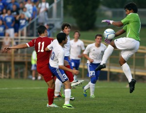 Crown Point shuts out Lake Central in DAC boys soccer opener