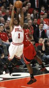 It's a new game as Rose, Bulls beat Hawks