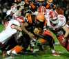 Bulldogs use big plays to keep Slicers winless
