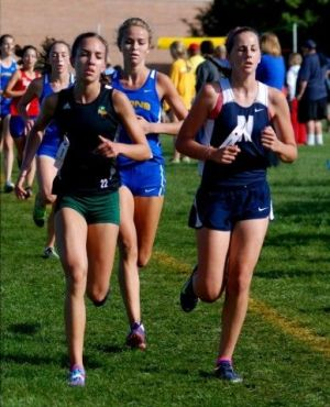 Newcomer Gruszka fitting right in with Valpo girls cross country team