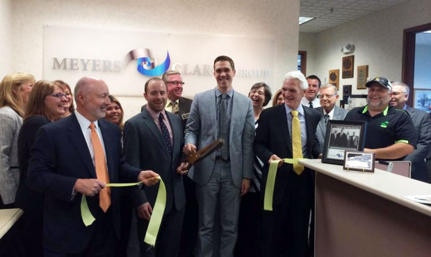 Insurance industry vets celebrate new company with ribbon cutting