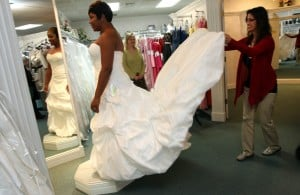 No wedding fatigues: Highland shop helps military brides by giving away free gowns