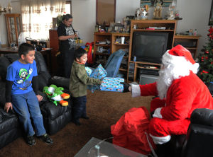 Santa brings toys to Calumet City girls and boys