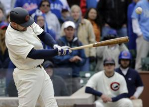 David Ross hits winning single in 11th, Cubs beat Royals 2-1