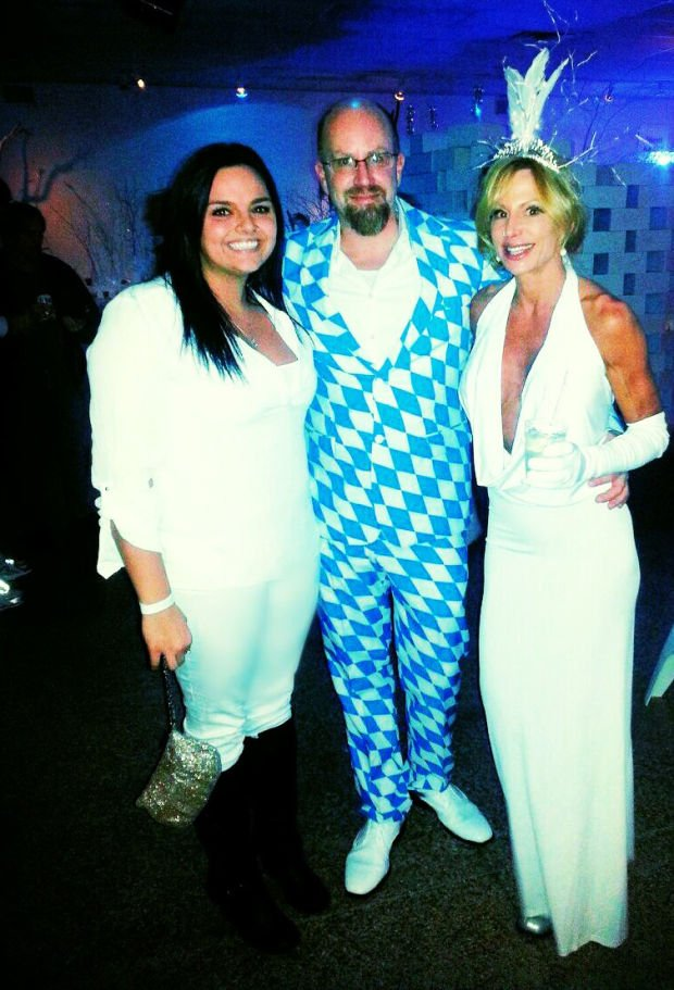 Miller Beach Artists Wow Community with Winter Inspired White Party