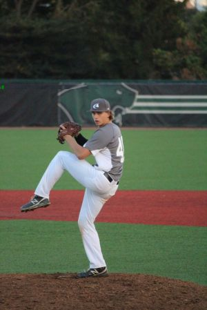 Lake Central sophomore pitcher Litwicki picks Hoosiers