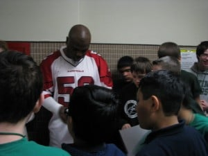 Ex-NFL player Levar Fisher inspires Whiting Middle School students