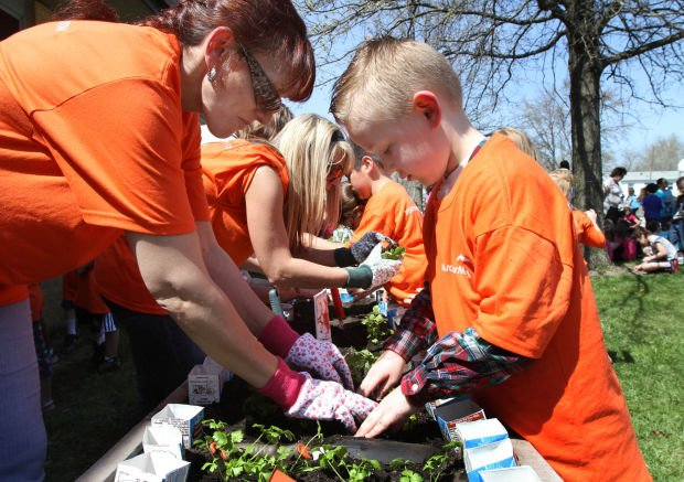 Growing plants and young minds: Gardening has educational benefits for children