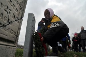 Region Civil War vets remembered with graveside Christmas wreaths