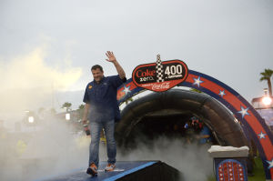 Tony Stewart riding high from sprint car victory