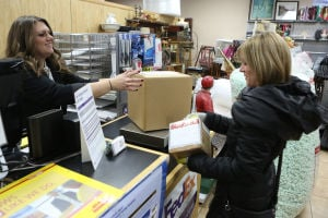 Compressed calendar shortens holiday shipping season