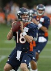 Manning searching for timing with his new targets  
