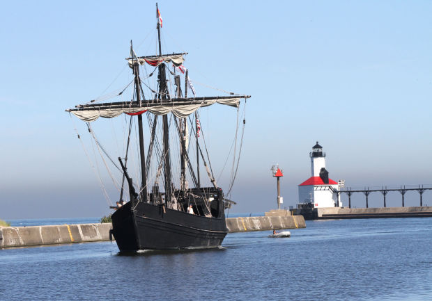 The Nina and Pinta sail into port at Michigan City