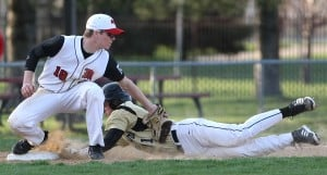 Lipski drives in winning run as Griffith overcomes seven errors
