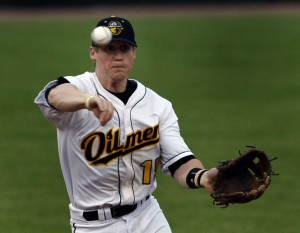 Whiting Oilmen drop home opener to Lexington Snipes