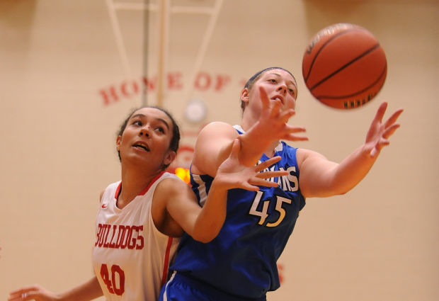 Lake Central girls down Crown Point to run winning streak to 10