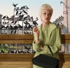 OFFBEAT: Hammond grad nets Tippi Hedren for return 'Birds' stage visit