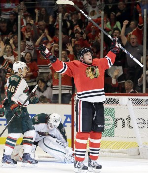 Hossa lowers boom on Wild