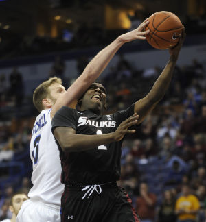MEN'S BASKETBALL ROUNDUP: Indiana St. slips past S. Illinois into MVC final