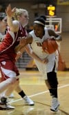 Valparaiso's Shaquira Scott