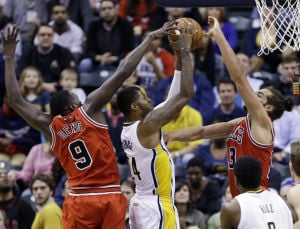 Perfect Pacers pull away late from Bulls