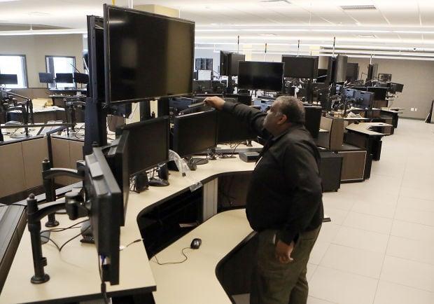 lake county e 911 dispatchers vote to unionize lake county news. Black Bedroom Furniture Sets. Home Design Ideas