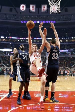 Gasol leads Grizzlies past the Bulls