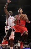 Bulls' Rose scores 32 to beat Knicks