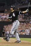 Pavano beats Sox with complete game