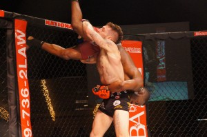 Mike Santiago submits Terry House in Hoosier Fight Club 15 main event