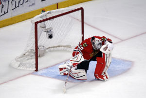 Kings end Blackhawks' defense of Stanley Cup