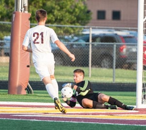 Chesterton knocks off Michigan City in DAC opener