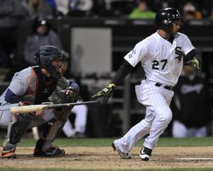 White Sox rally in ninth inning to edge Tigers