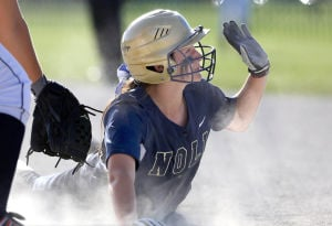 Fremouw shakes off rust, leads Noll to first regional title since 2006