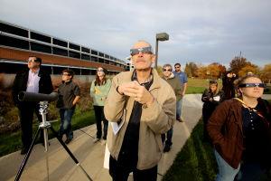 Valpo catches glimpse of eclipse