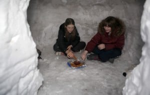 Dyer girls build an igloo...complete with a skylight