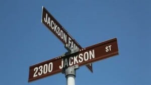 VIDEO: Jacksons come home