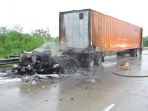 Semitruck fire shuts down I-65 northbound lanes