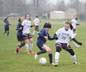 Thornton Fractional soccer team holds on against Reavis
