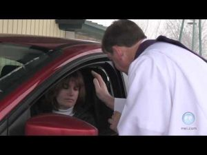 Church offers drive-thru Ash Wednesday service