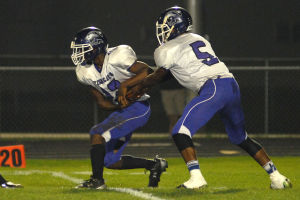 Hammond stays in house in picking Wildcats new football coach