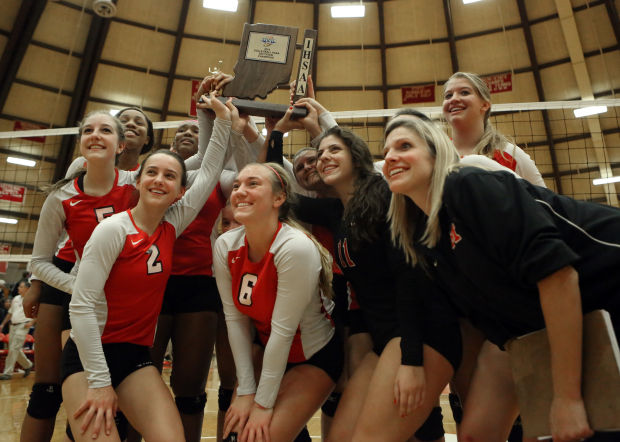 Munster defends sectional title with marathon win over L.C.