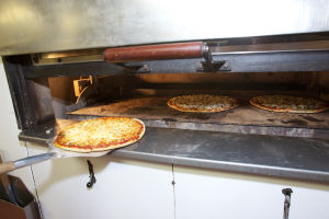 House of Pizza's fresh pizza and family atmosphere are a region favorite