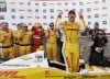 Hunter-Reay closes in on Castroneves heading to Iowa Speedway